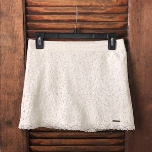 Like New Abercrombie & Fitch Lace Skirt S